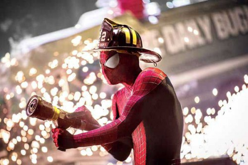 the-amazing-spider-man-2-photos-andrew-garfield-fireman